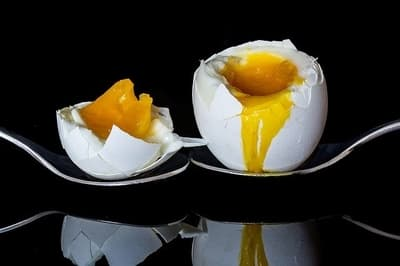 jajka na śniadanie na miękko